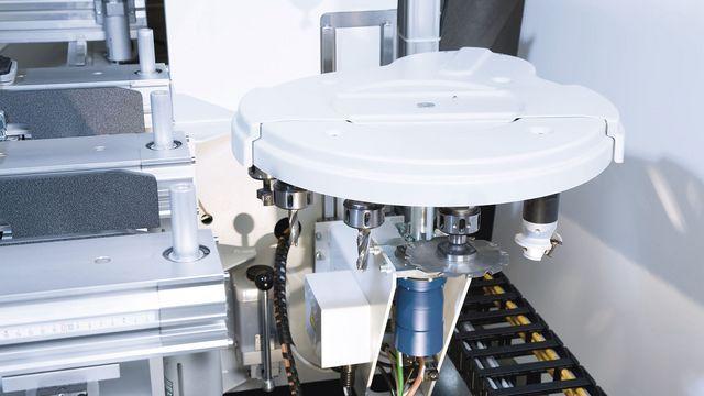 5-Achs CNC Bearbeitungszentrum vom Hersteller HOLZ-HER